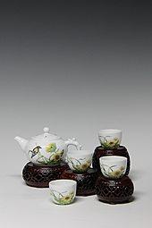【珐琅彩】五头花鸟茶具