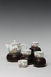 【珐琅彩】花开富贵茶具