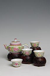 【珐琅彩】五头莲花茶具