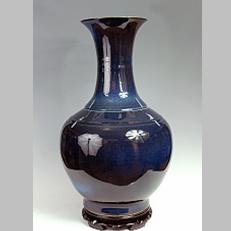 蓝均釉大赏瓶