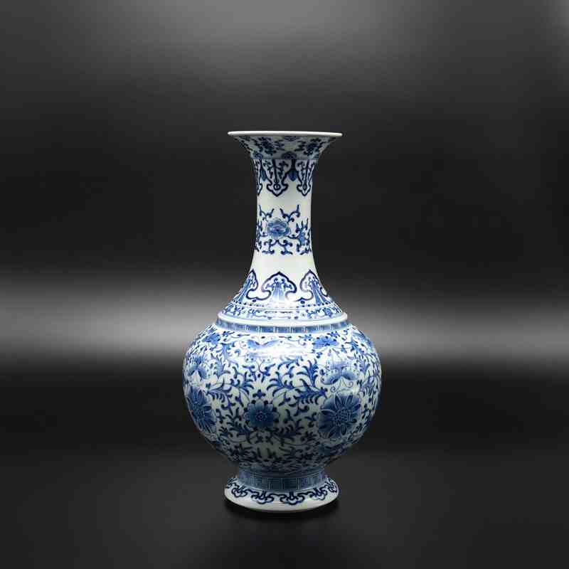 【罗老三作品】100件青花敞口缠枝瓶